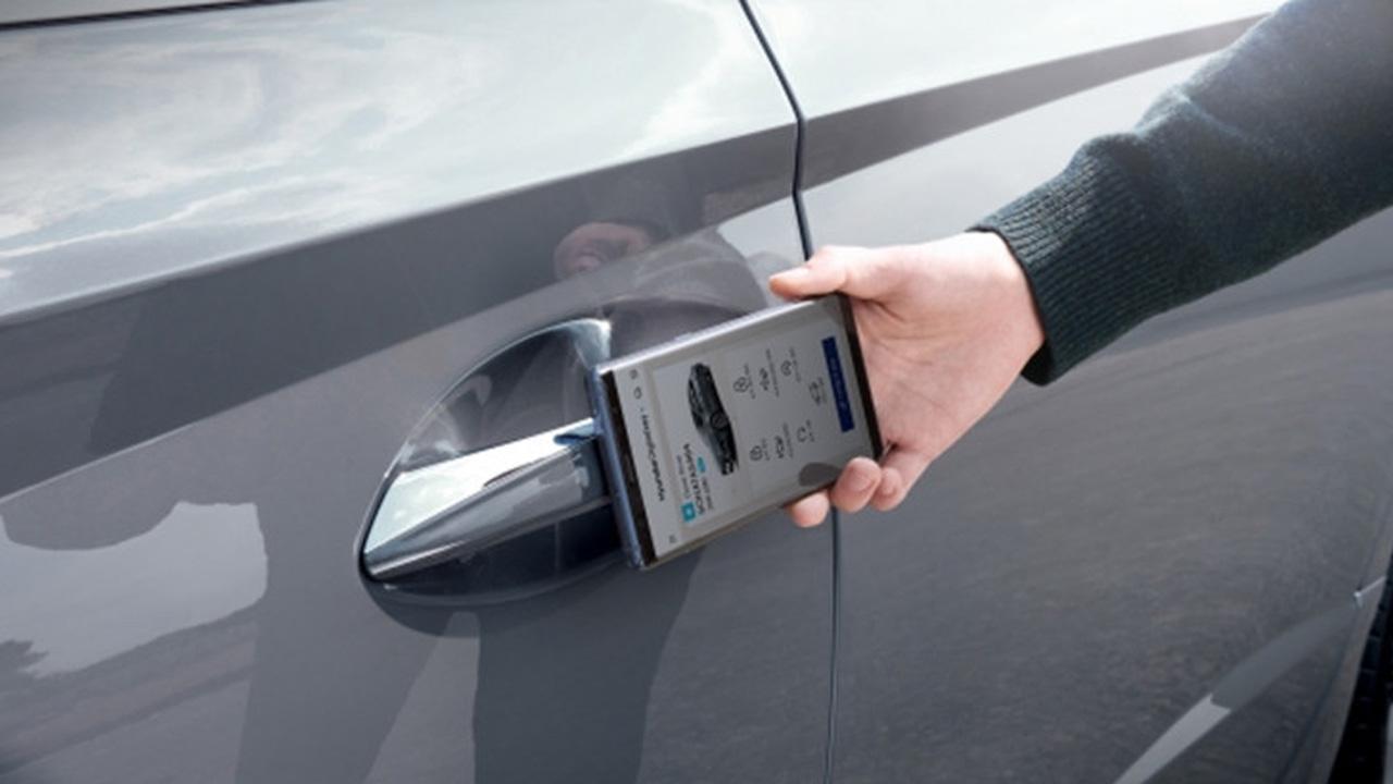 Le chiavi dell'auto non serviranno più, basterà avere con sé uno smartphone Android thumbnail