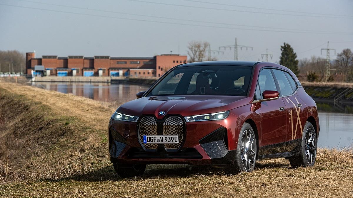 BMW Group punta sull'energia idroelettrica thumbnail