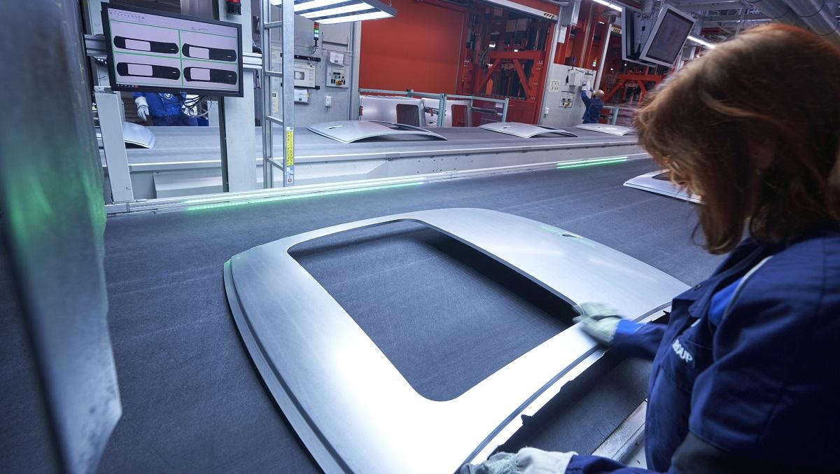 BMW Group investe nella produzione di acciaio senza emissioni di CO2 thumbnail