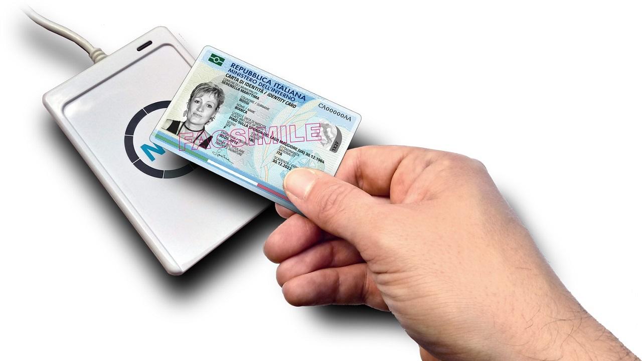 Tutti i servizi della PA sono accessibili con la Carta di Identità Elettronica thumbnail