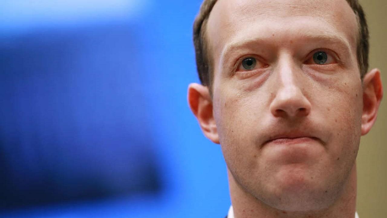 Il cavo internet fra USA e Hong Kong di Facebook non s'ha da fare thumbnail