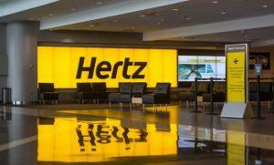 Hertz sceglie la sostenibilità ambientale e riduce l'utilizzo di carta  Il progetto celebra i 60 anni dell'azienda