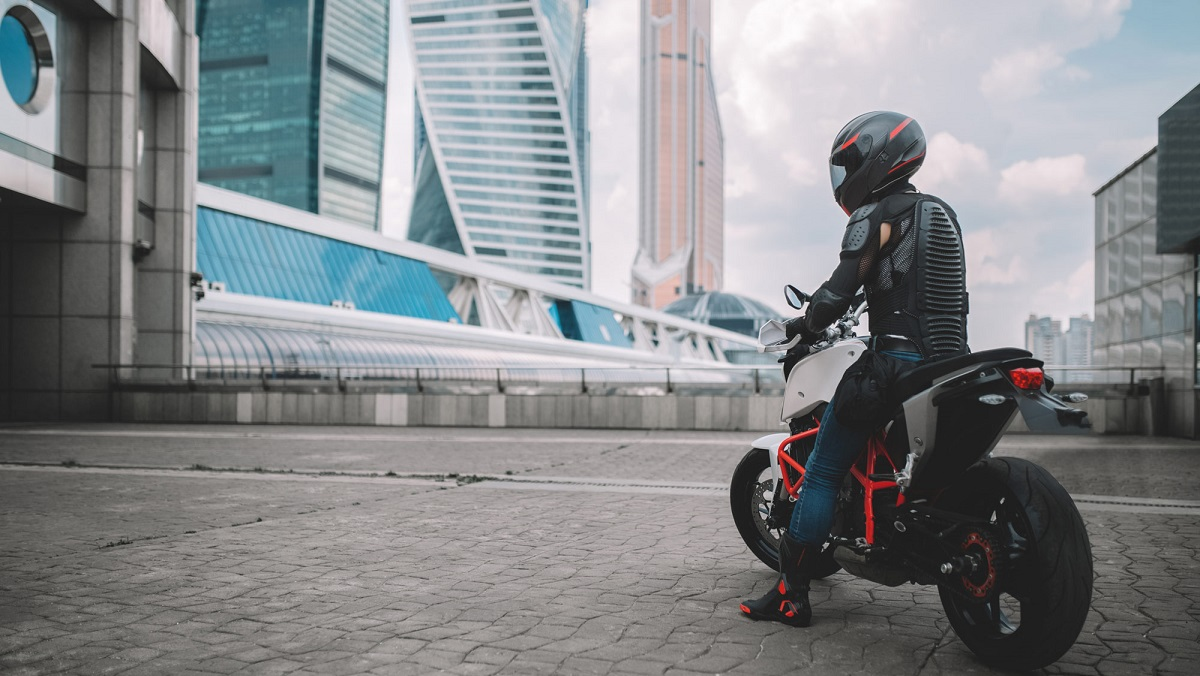 Idealo conferma l'aumento dell'interesse degli italiani verso moto e scooter thumbnail