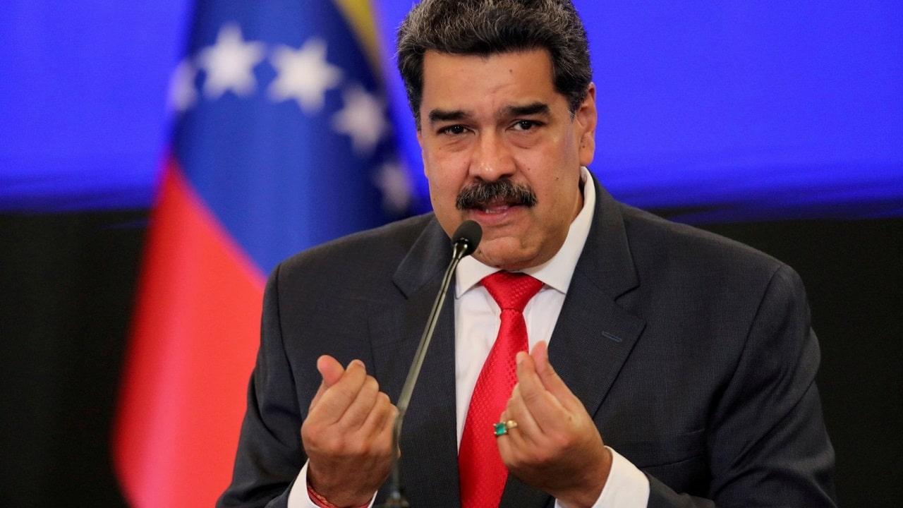 Facebook blocca la pagina del presidente del Venezuela Nicolas Maduro thumbnail