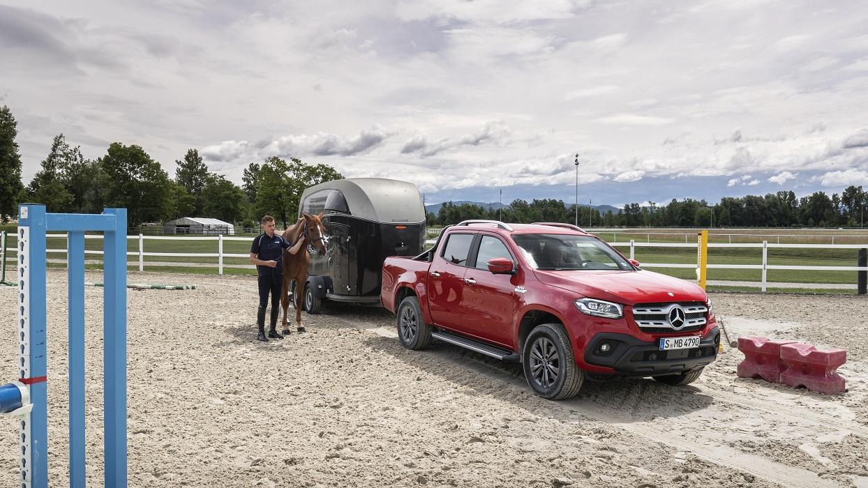 Mercedes-Benz X pick-up