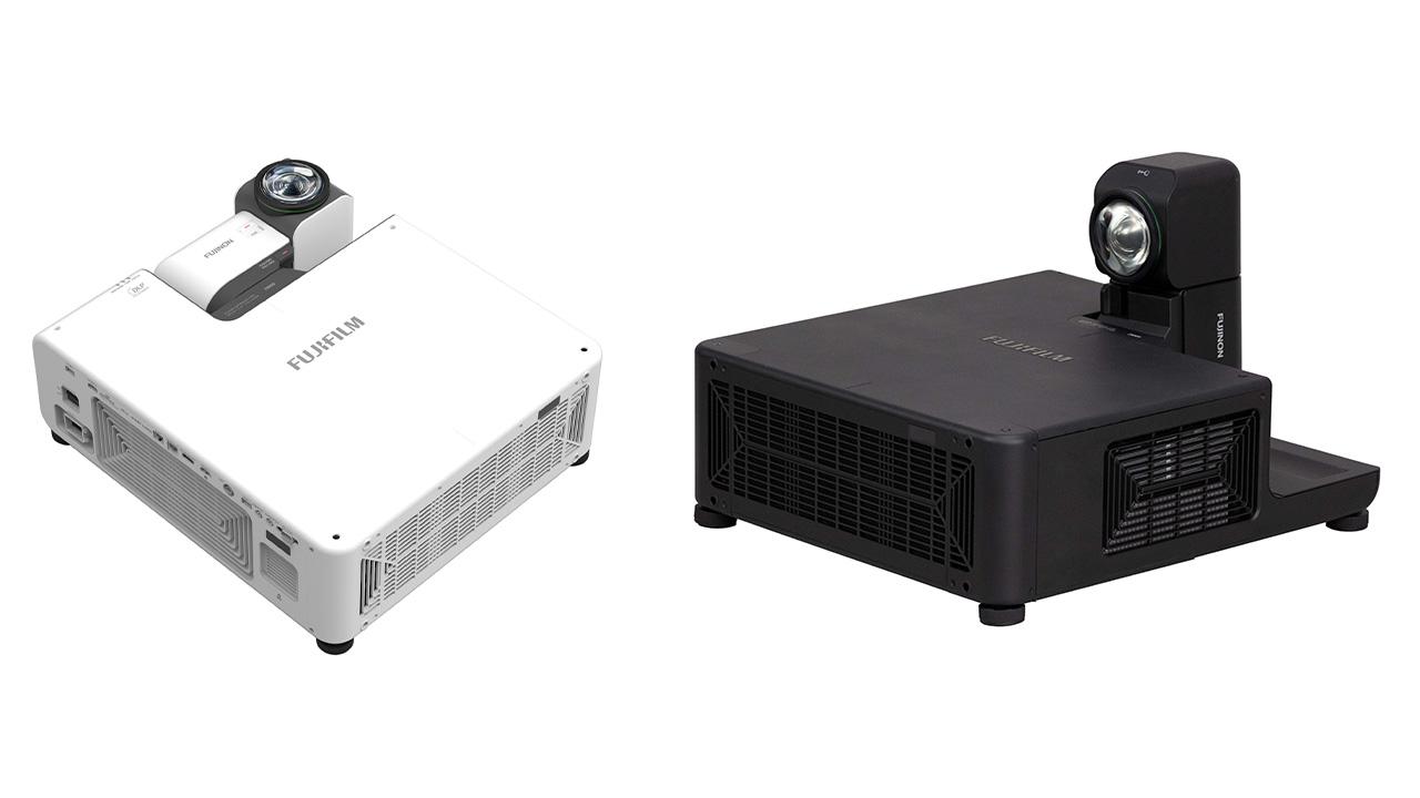 Fujifilm presenta il Projector Z8000, un proiettore con l'obiettivo ruotabile thumbnail