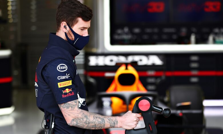 Red Bull Racing e Therabody