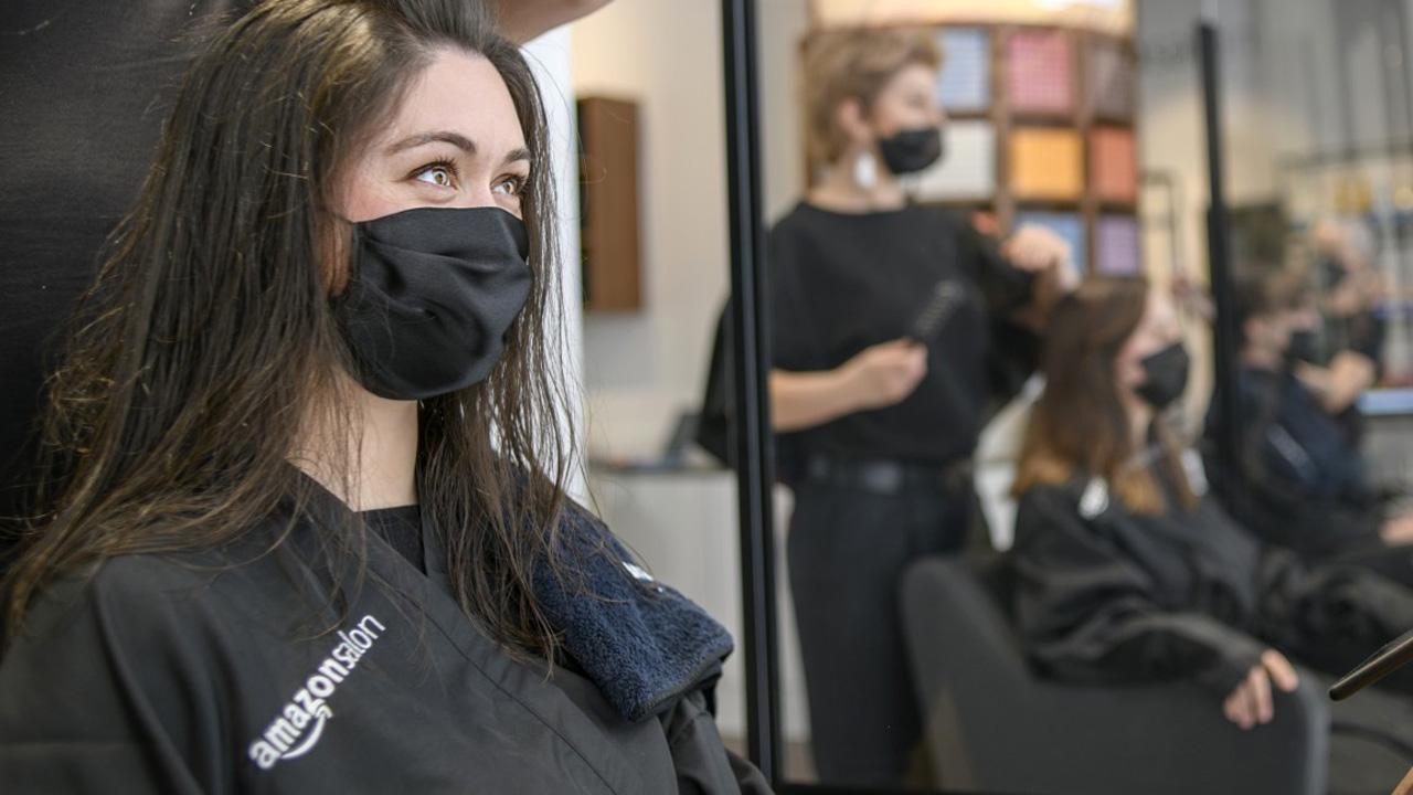 Amazon apre il suo primo salone da parrucchiere thumbnail