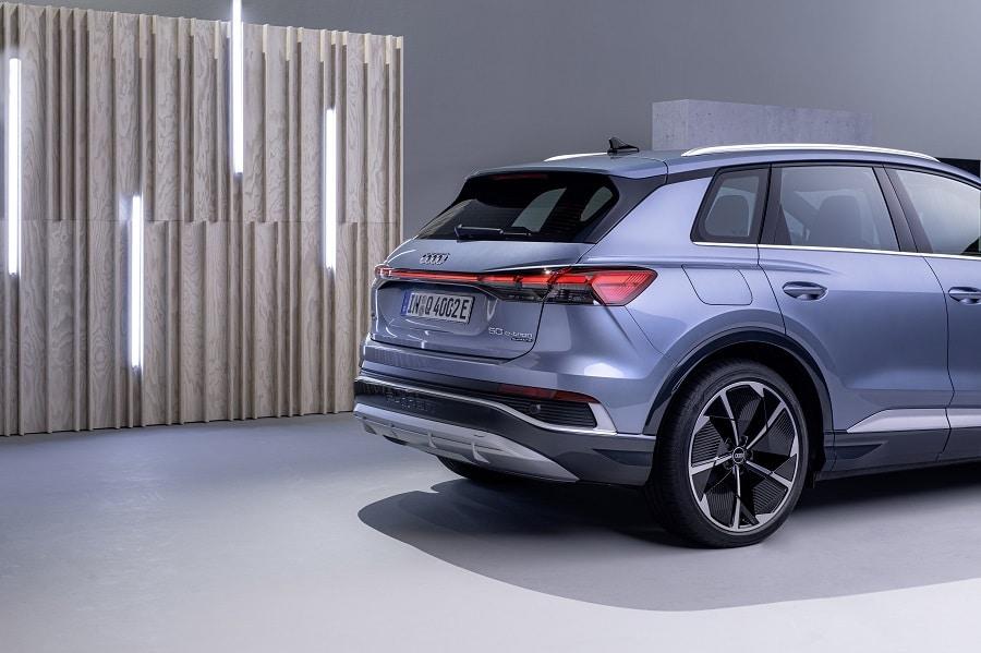 Audi Q4 e-tron 2021 ricarica 50 etron