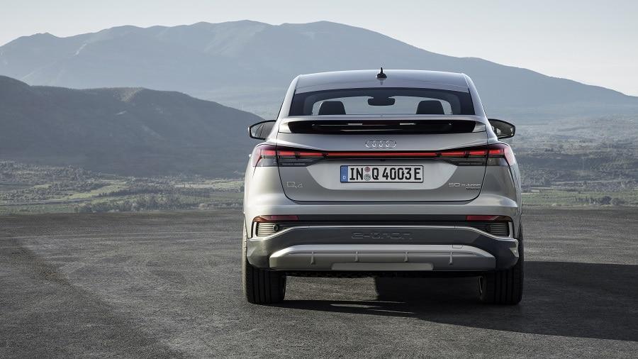 Audi Q4 e-tron 2021 posteriore alettone