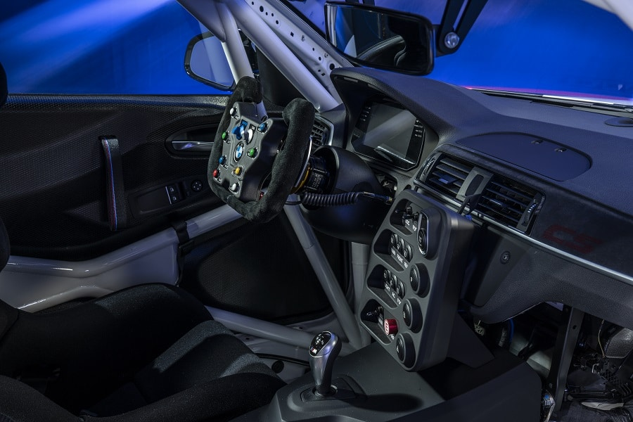 BMW M2 Cs Cup interni