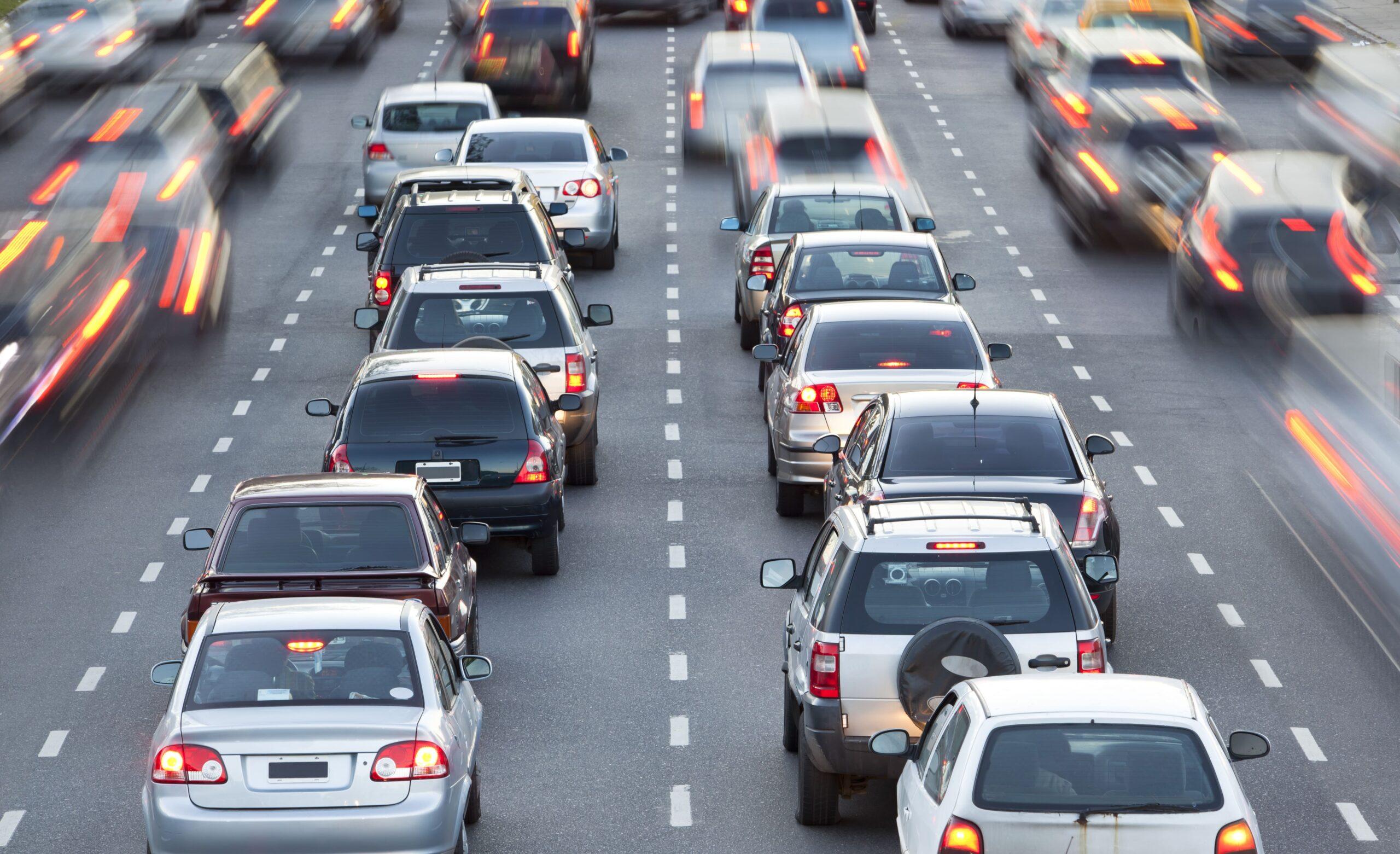 Bosch e PTV Group uniscono le forze per ridurre le emissioni del traffico thumbnail