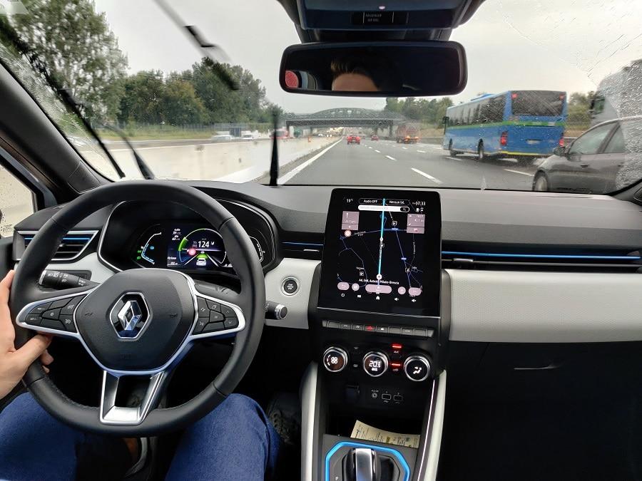 Renault Clio Hybrid guida