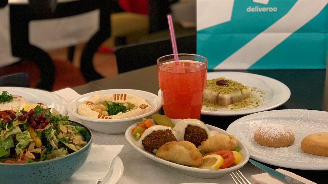 Alla scoperta del cibo Halal con Deliveroo thumbnail