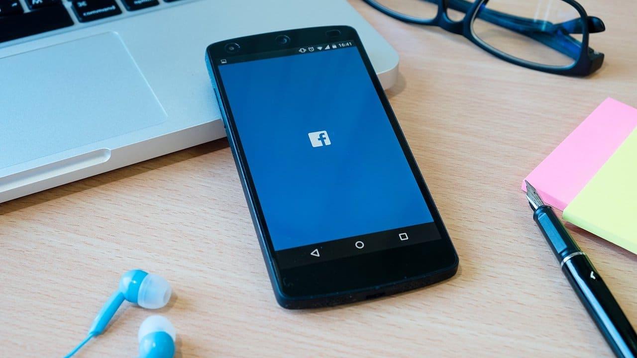 Facebook verso l'ecosostenibilità thumbnail