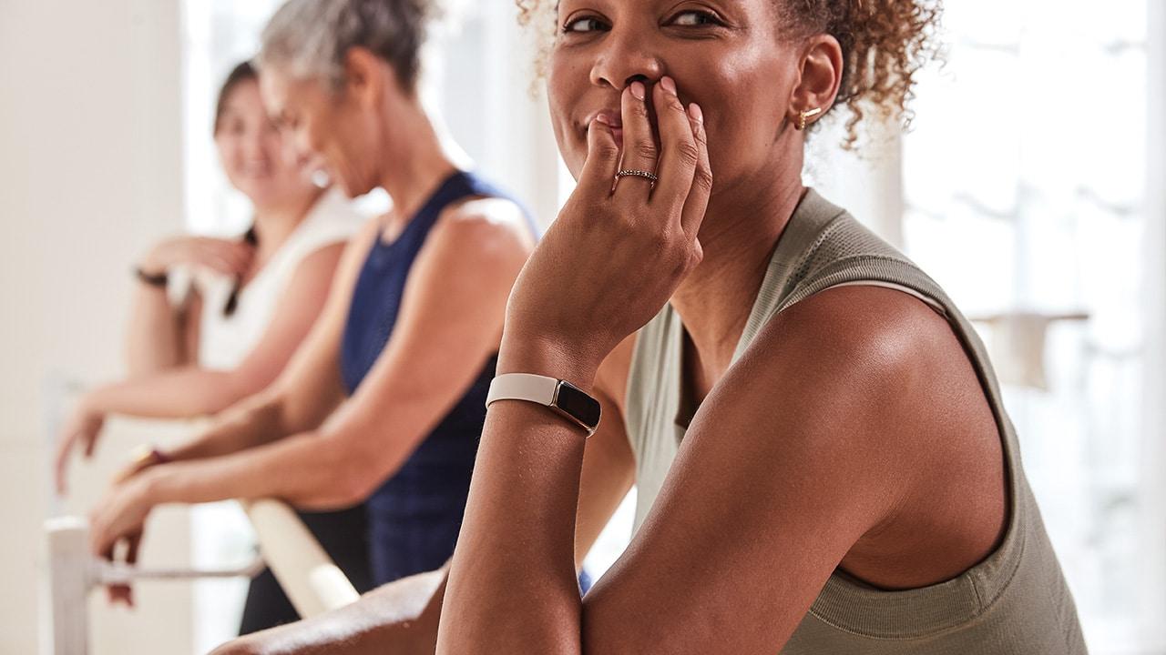 Fitbit Luxe, l'alleato quotidiano delle donne thumbnail