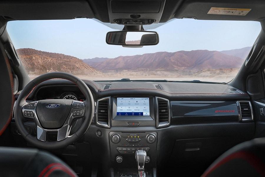 Ford Ranger Stormtrak interni