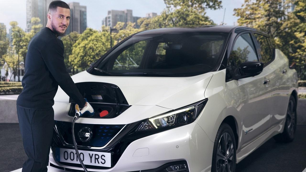 Eden Hazard si unisce alla campagna #ElectrifytheWorld di Nissan Leaf: l'esperienza del campione belga thumbnail