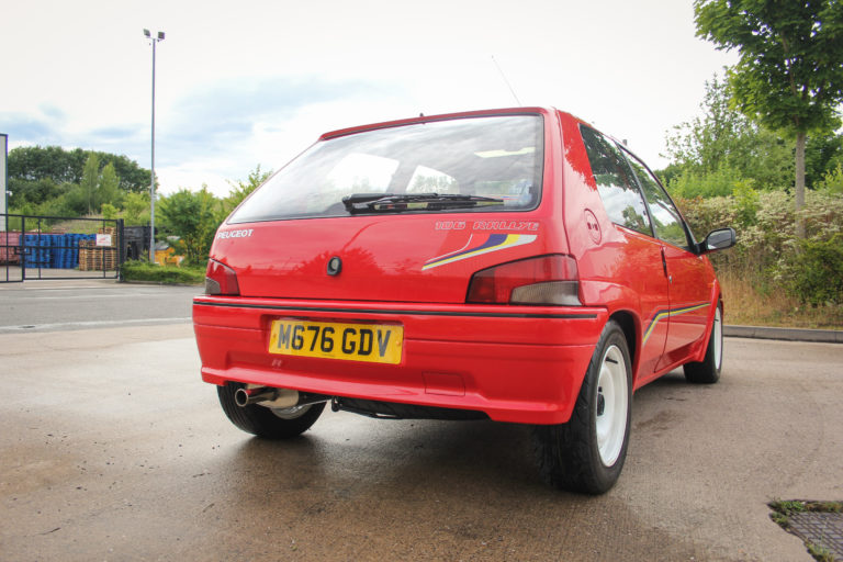 Hot Hatch anni '90 peugeot 106 Rallye posteriore