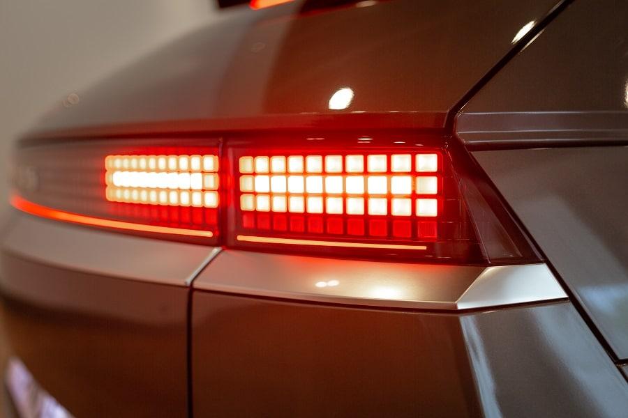 Ioniq 5 2021 fari full LED