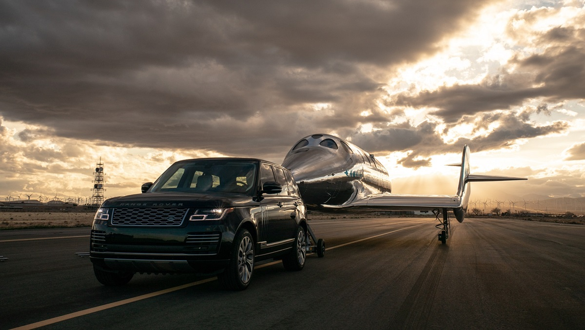 Land Rover e Virgin Galactic rinnovano la loro partnership thumbnail