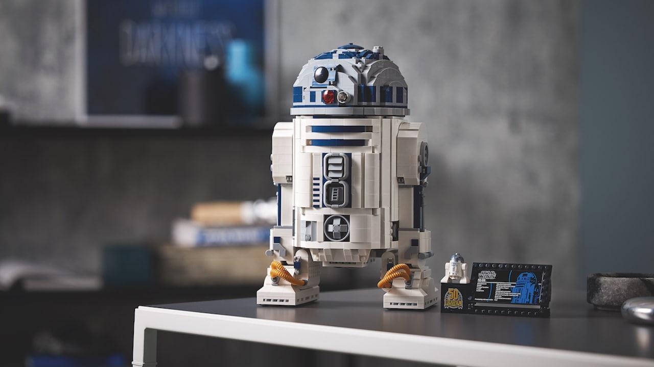 Lego annuncia il set R2-D2 più grande di sempre thumbnail