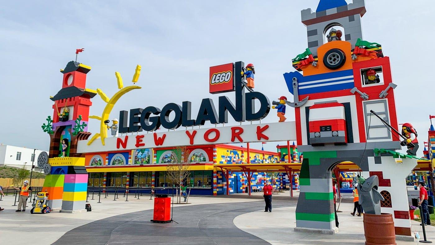 Le prime immagini dal Legoland New York Resort, il nuovo parco divertimenti di LEGO thumbnail