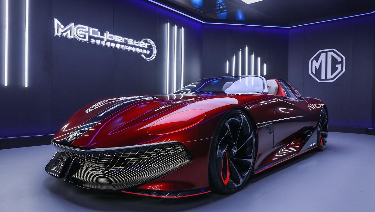 MG svela la concept car Cyberster al Shangai Auto Show thumbnail