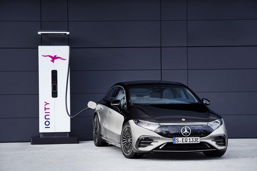 Mercedes EQS 2021 ricarica