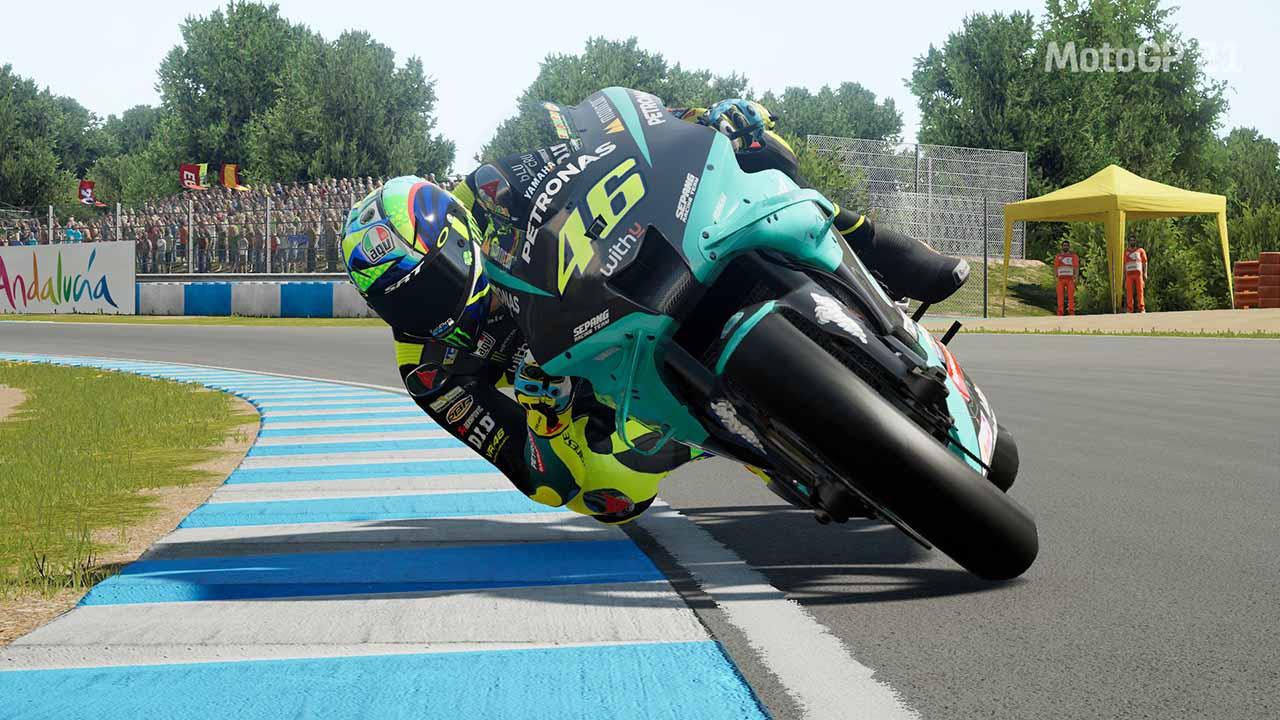 La recensione di MotoGP 21: rincorriamo la nostra moto thumbnail