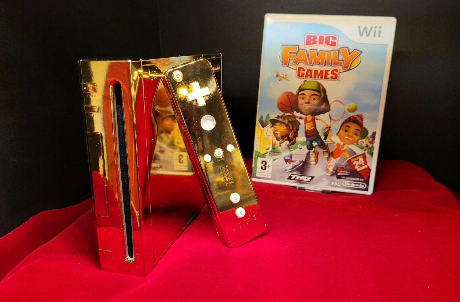 La Nintendo Wii d'oro della Regina Elisabetta II in vendita su eBay thumbnail