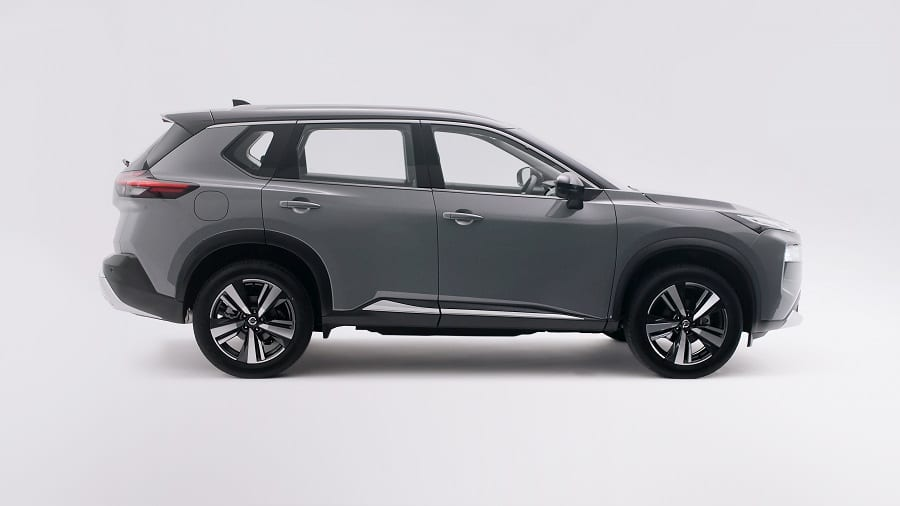 Nissan X-Trail 2021 laterale