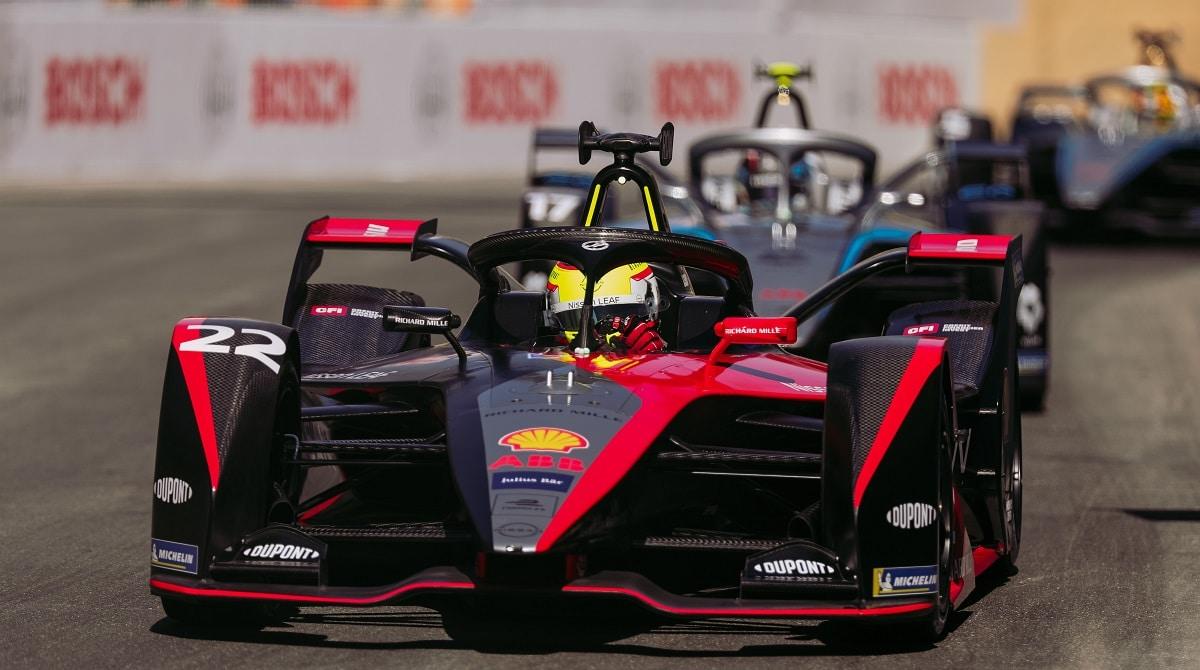 Il team Nissan e.dams arriva a Roma per la doppia gara di Formula E thumbnail