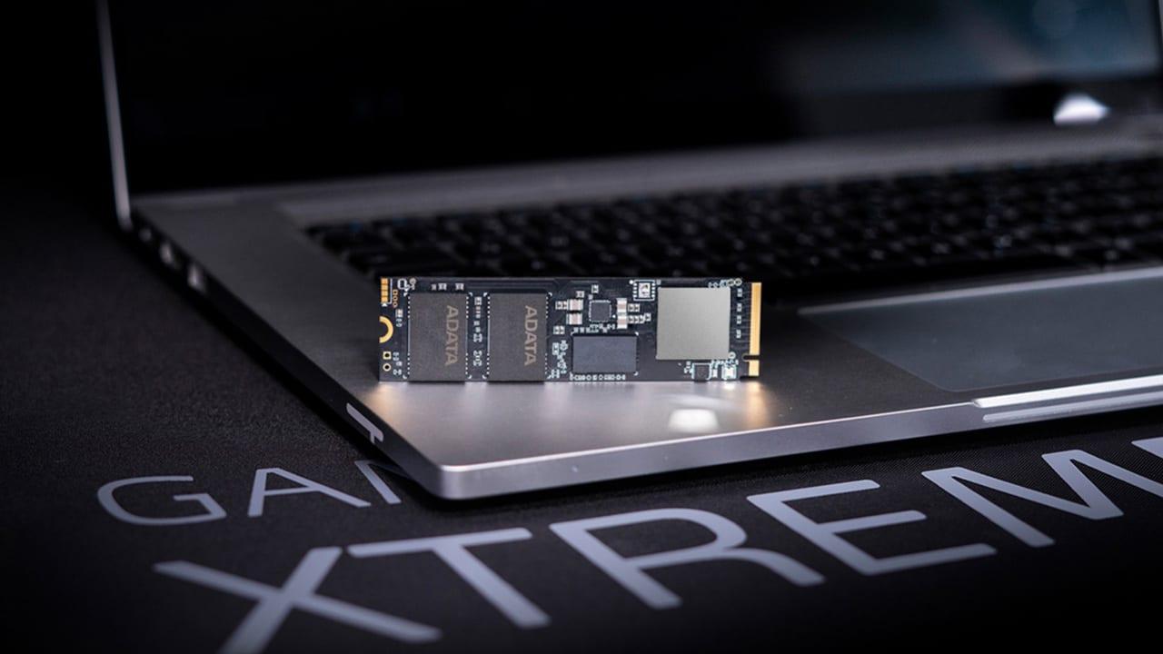XPG presenta il nuovo SSD GAMMIX S70 BLADE thumbnail
