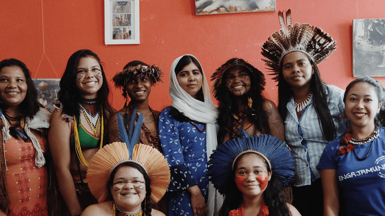 Come il cambiamento climatico influisce sull'istruzione femminile thumbnail