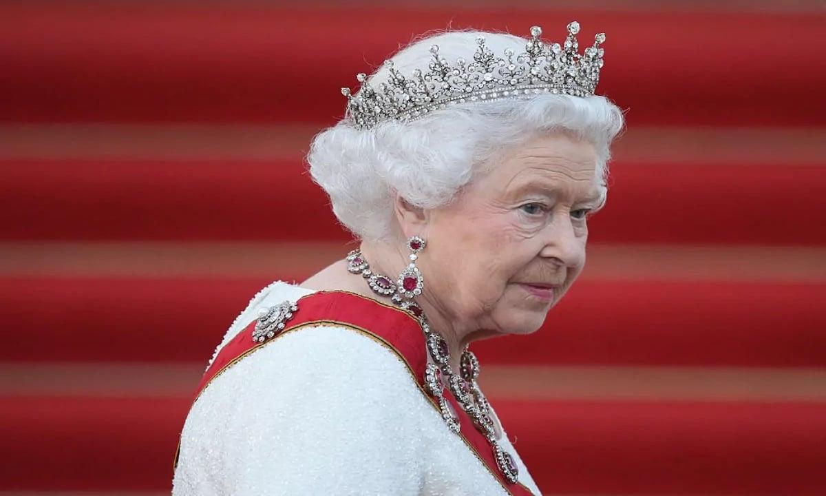 Tanti auguri alla Regina: come cambia la monarchia britannica thumbnail