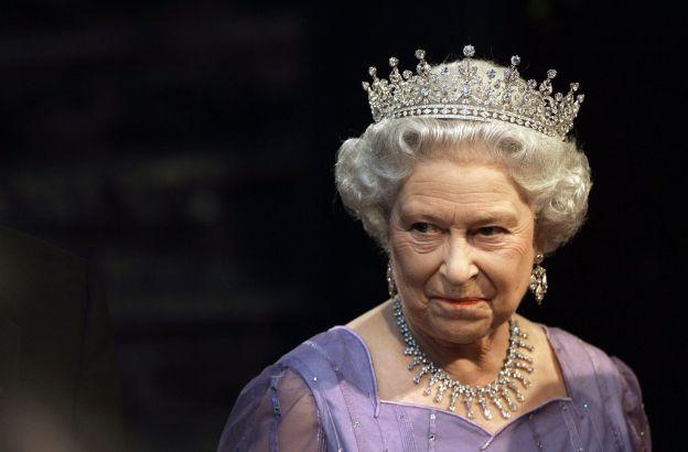 compleanno Regina Elisabetta II sguardo