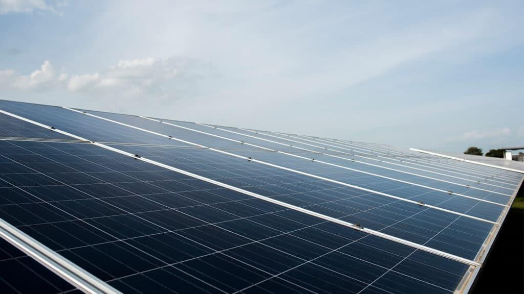 energia rinnovabile solare - progetto amazon