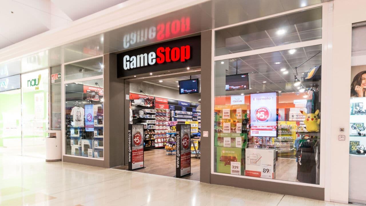 Gamestop cerca un nuovo CEO: la compagnia va verso il digitale thumbnail