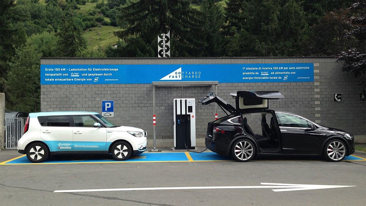 La guida completa agli incentivi statali e regionali per acquistare un'auto a basse emissioni thumbnail