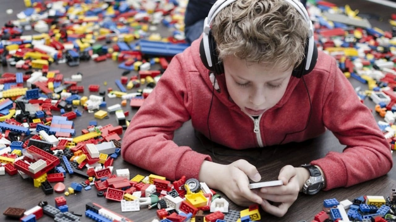 Instagram per bambini in arrivo? La protesta delle associazioni contro Zuckerberg thumbnail