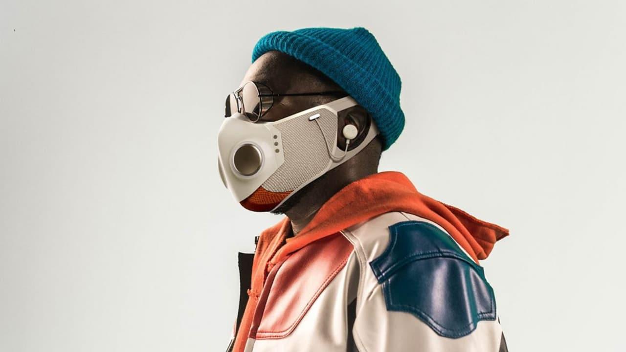 XUPERMASK, la mascherina smart di Will.i.am è un concentrato di tecnologia thumbnail