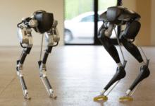 robot camminare solo Cassie