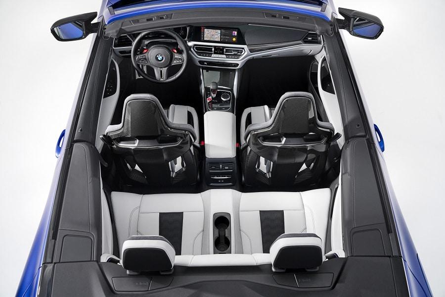 BMW M4 Competition Cabrio interni dall'alto