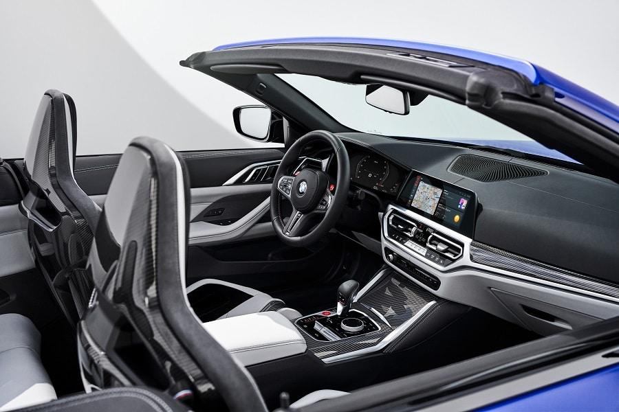 BMW M4 Competition Cabrio interni