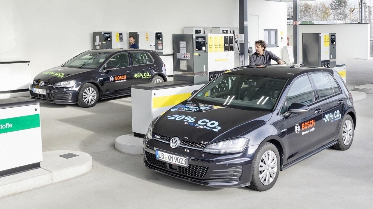 Bosch, Shell e Volkswagen ottengono benzina da fonti rinnovabili thumbnail