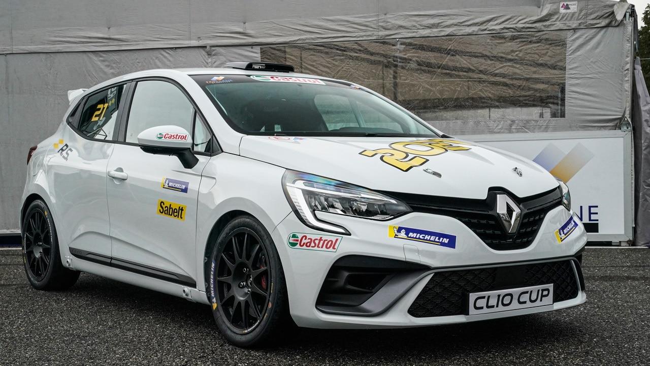 Clio Cup è ora Alpine: non chiamatela più Renault thumbnail
