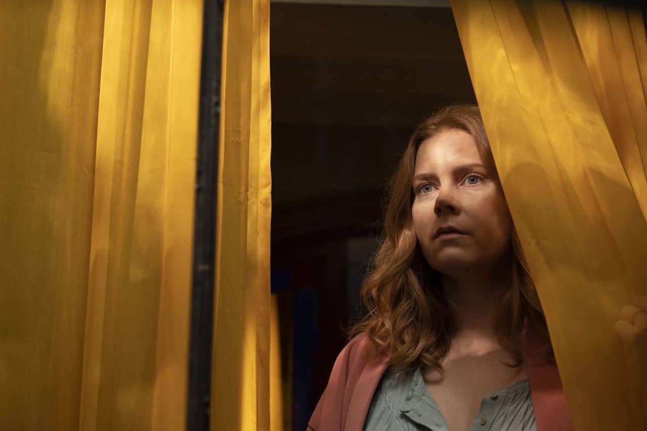 La donna alla finestra: il nuovo film Netflix omaggia Hitchcock thumbnail