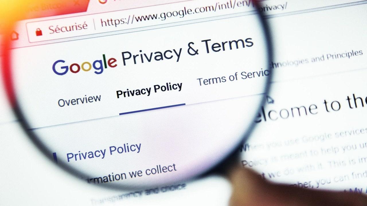 Google e la privacy: l'azienda accusata di aver reso difficile il cambio della privacy su smartphone thumbnail