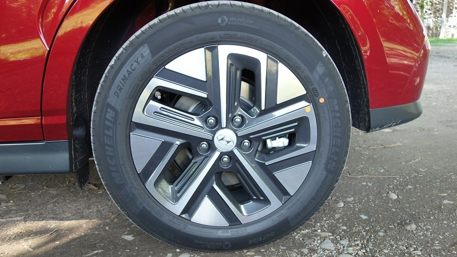 Hyundai Kona elettrica Michelin